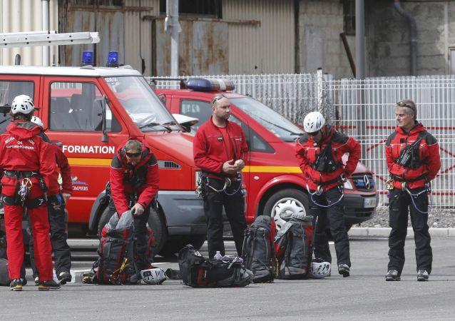 Des secouristes français
