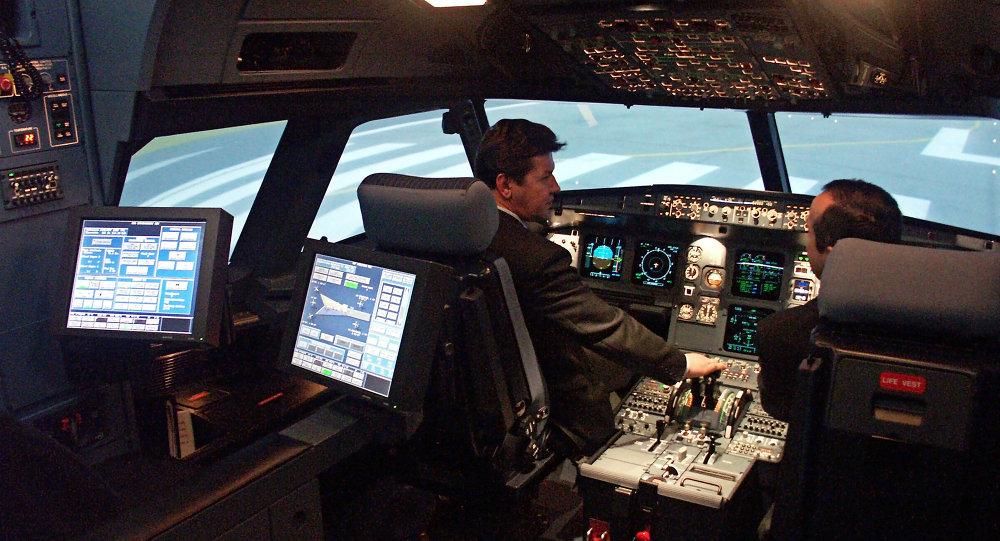 Cabine de pilotage d'un Airbus A320. Archives.