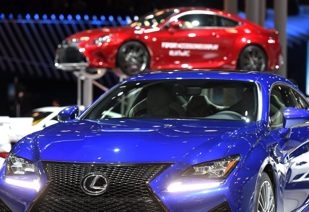 Présentation de la Lexus RCF au Salon automobile international de New York