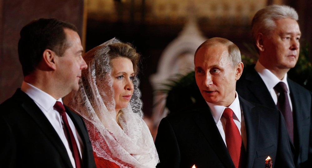 Vladimir Poutine, Dmitri Medvedev, Svetlana Medvedeva, Serguei Sobianine