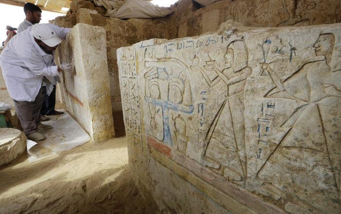Egypte: le mur blanc de Memphis découvert par les archéologues russes