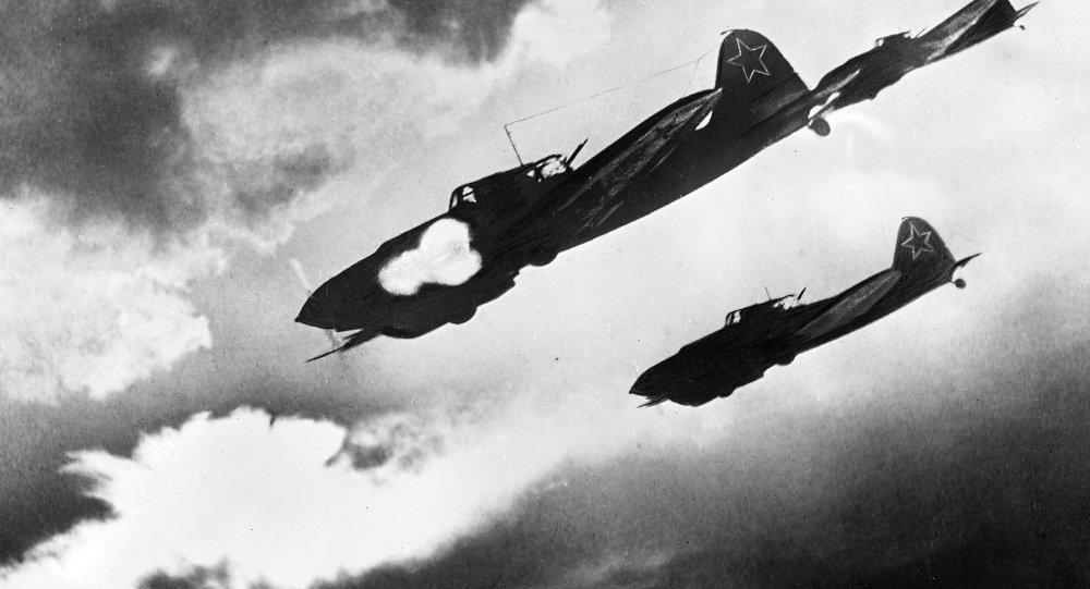 Attaque de l'Il-2 lors des combats pendant la Seconde Guerre mondiale