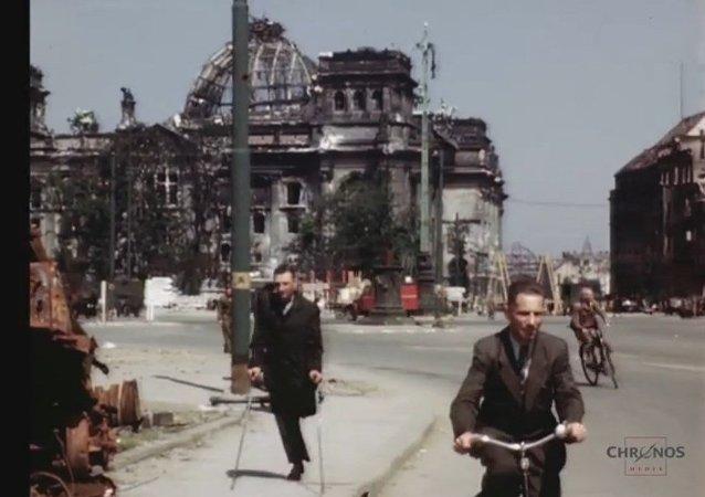 Les images colorisées de Berlin en juillet 1945