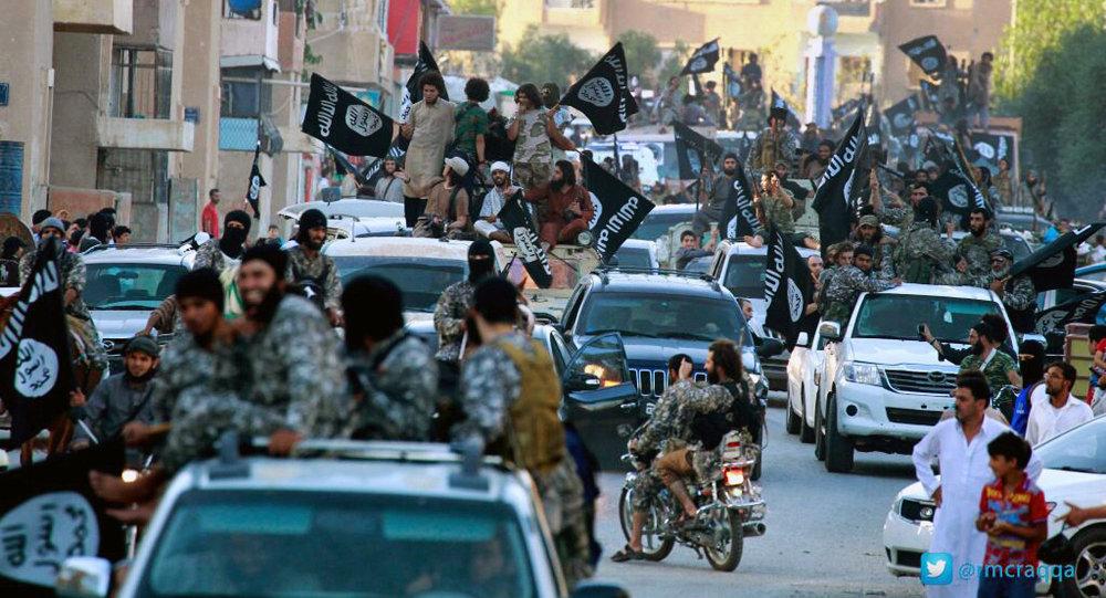Combattants d` État islamique à Racca