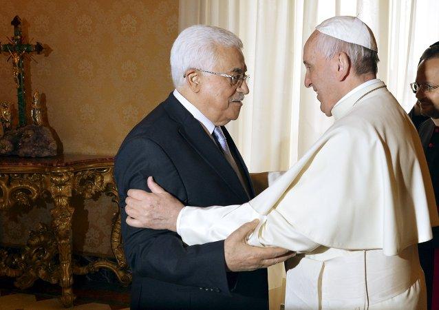 Le pape François a reçu au Vatican le président palestinien Mahmoud Abbas