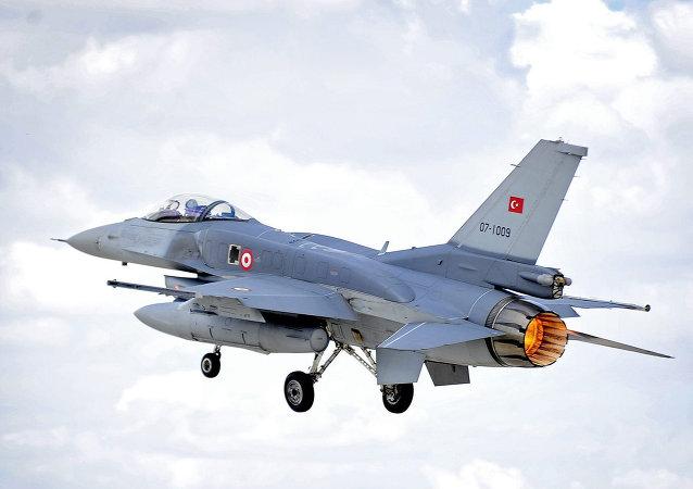 Le F-16 de l'armée de l'air turque