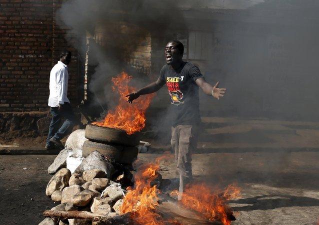 Protestataire au Burundi
