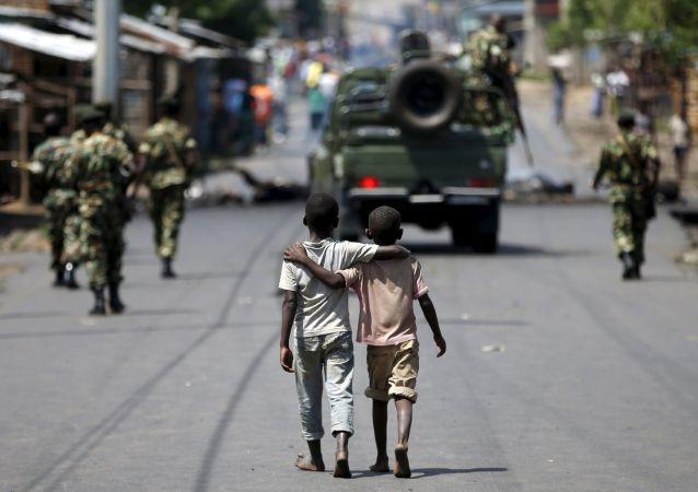 Deux garçons à Bujumbura