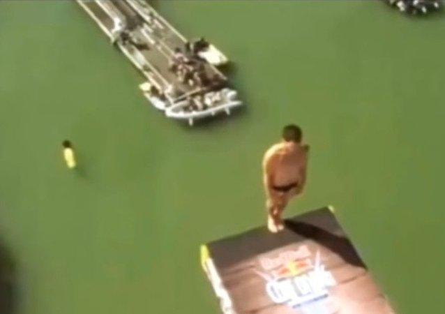 Un plongeon malheureux à La Rochelle