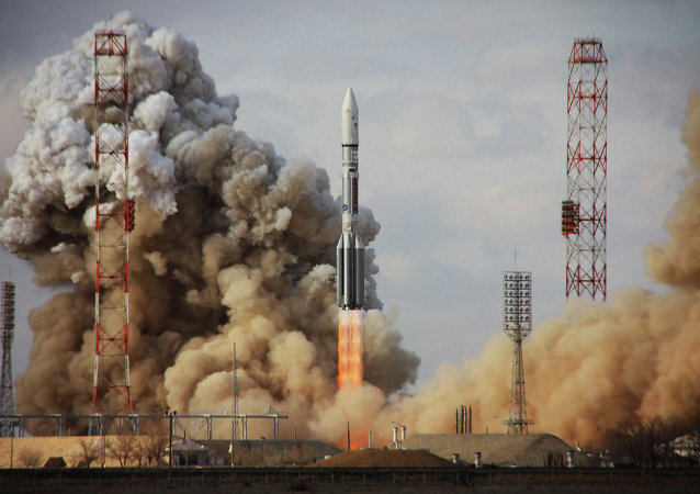 Un lancement du Proton-M avec le satellite US de télécommunication Intelsalt-22