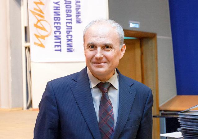 Gueorgui Tikhomirov