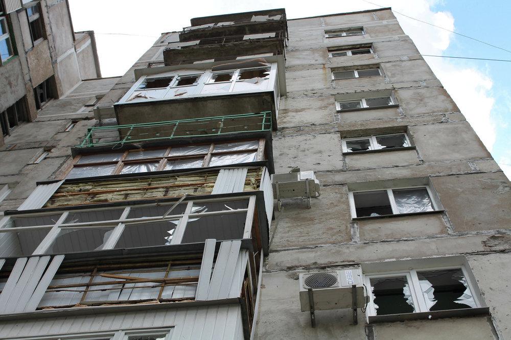 Un immeuble touché par les bombardements de Gorlovka, région de Donetsk