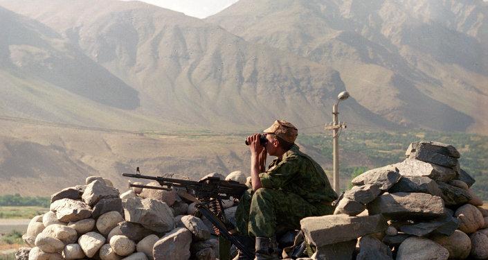 Quatre touristes étrangers tués, fauchés par une voiture — Tadjikistan