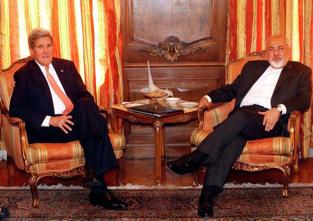Kerry et  Zarif