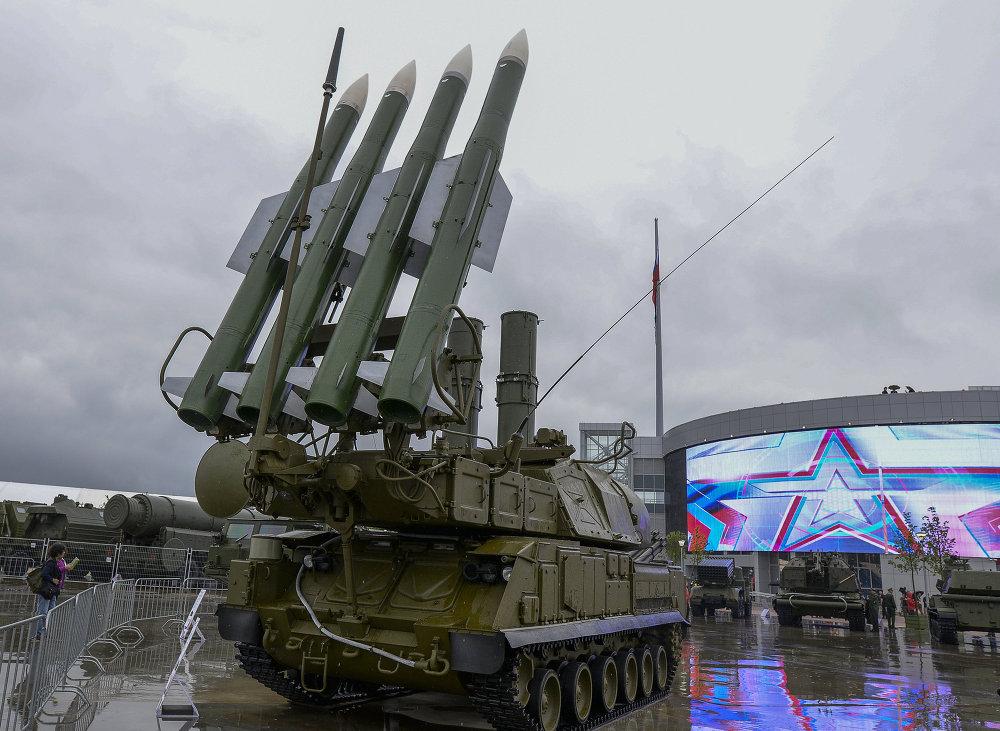 Un système antiaérien Bouk-1M à Koubinka, dans la région de Moscou