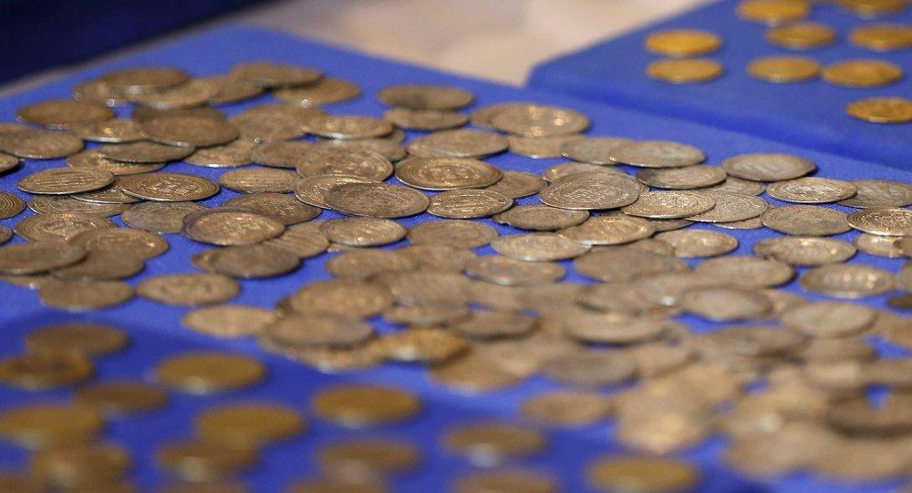 Vieilles pièces de monnaie islamiques