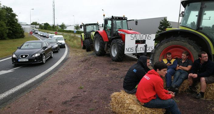 les éleveurs sur les barrages en Normandie