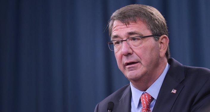 Le secrétaire US de la Défense Ashton Carter