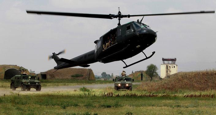 Exercices militaires sur la base de Vaziani en Georgie, juillet 2015