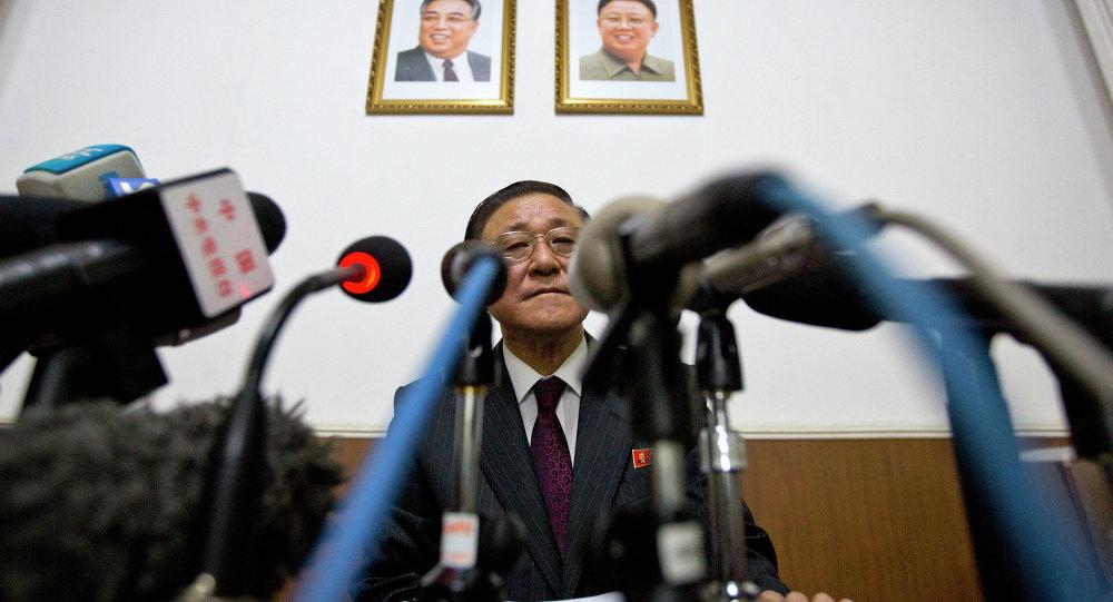 l'ambassadeur nord-coréen, Ji Jae Ryong