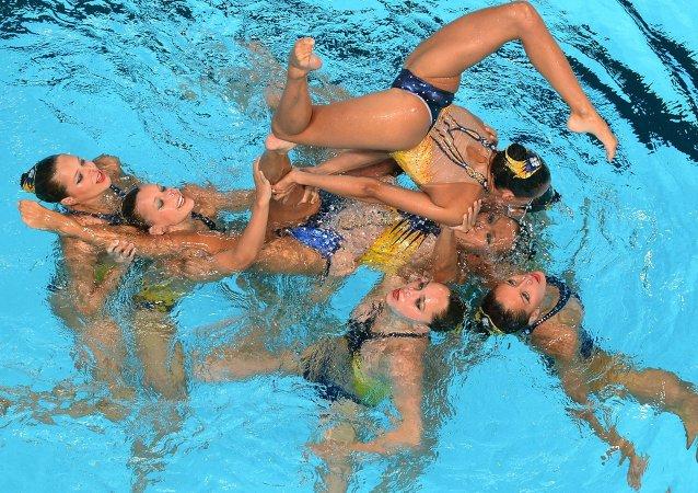 Les nageuses de l'équipe de France sur le programme libre en natation synchronisée au tour préliminaire des épreuves