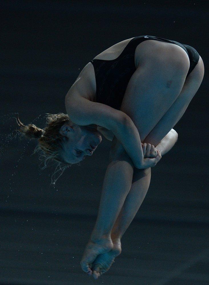 Tina Punzel (Allemagne) en finale des épreuves en équipe du plongeon 3 mètres