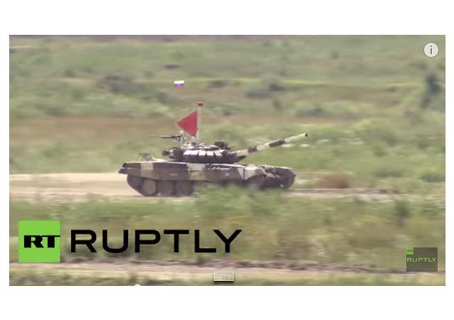 Russie: le Biathlon en char d'assaut chars a démarré