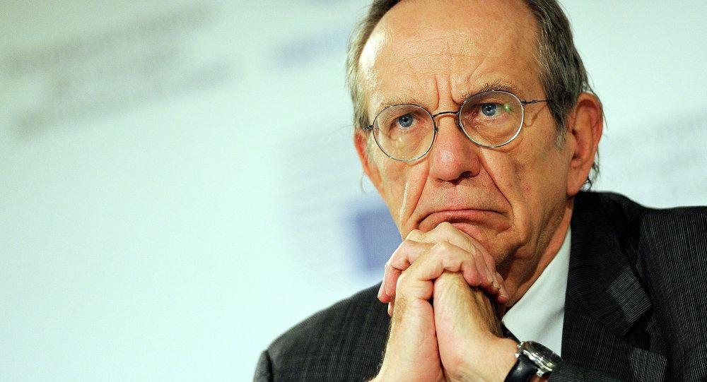 Le ministre italien de l'Économie et des Finances, Pier Carlo Padoan