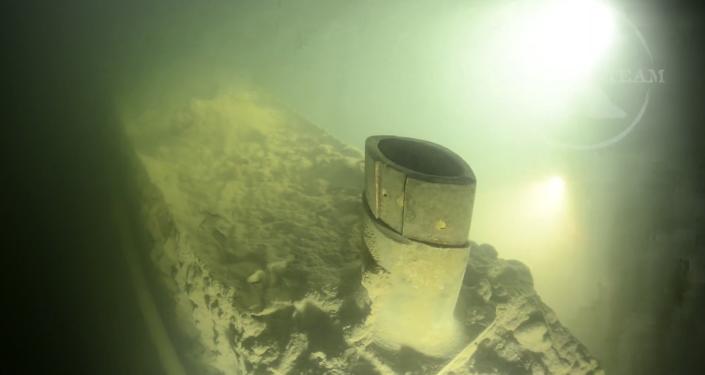 Des plongeurs suédois à la découverte d'un sous-marin russe