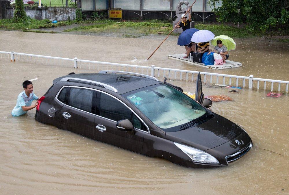 Le puissant typhon Soudelor frappe la Chine et Taïwan