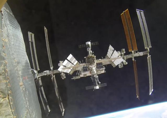 Un Soyouz repositionné sur l'ISS