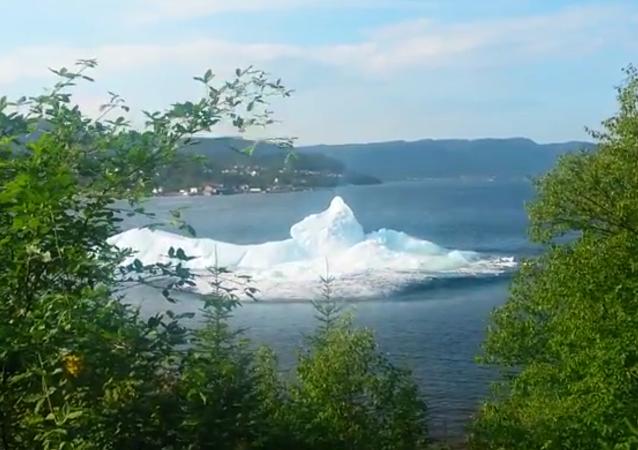 Effondrement d'un iceberg