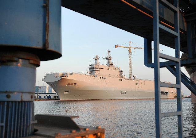 Le Vladivostok, porte-hélicoptères de classe Mistral