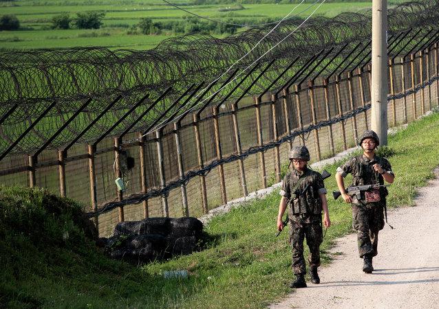 Militaires sud-coréens à la frontière avec le Nord