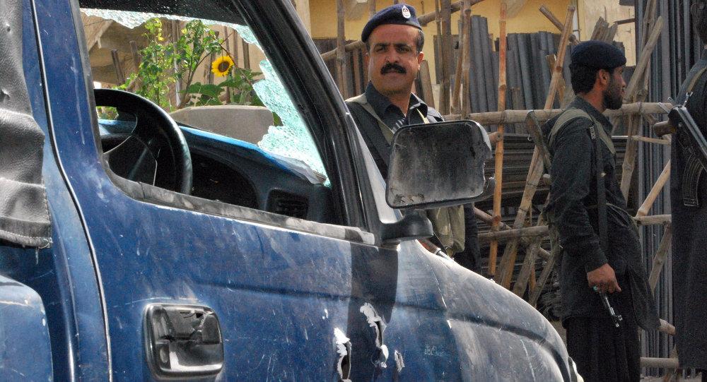 До 14 человек возросло число погибших при терракте в Пакистане