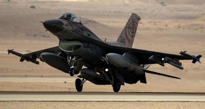 Un chasseur israélien F-16