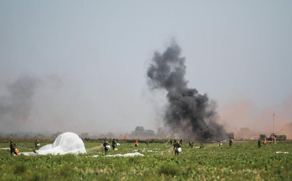 Russie-Serbie-Biélorussie: exercices conjoints des troupes aéroportées