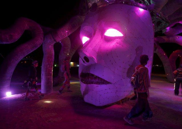 Festival Burning Man: folie éphémère dans le désert du Nevada