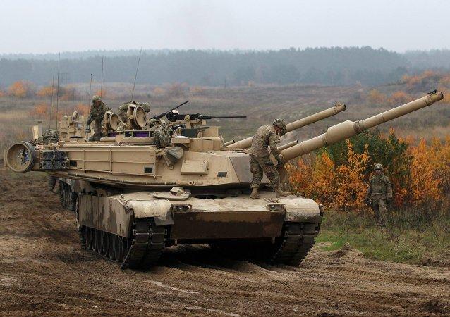 Les chars américains M1 Abrams