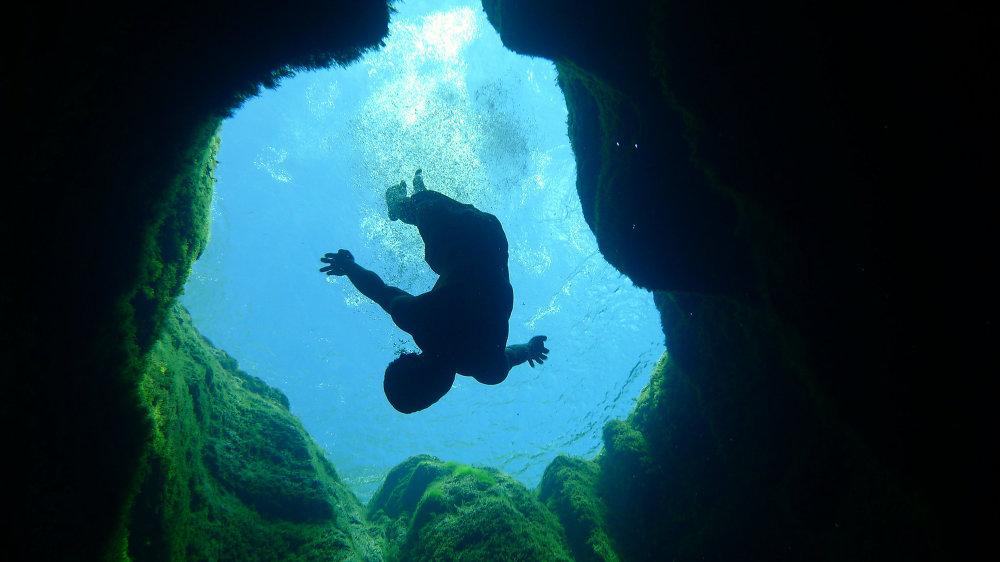 Jacob's Well au Texas – l'un des endroits les plus dangereux pour la plongée