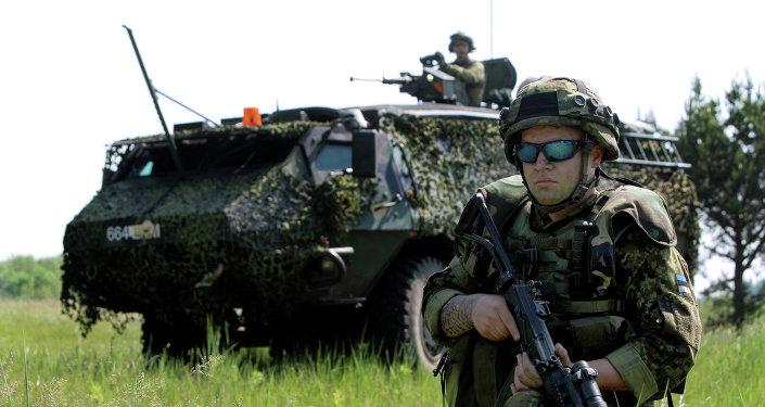 Un soldat estonien