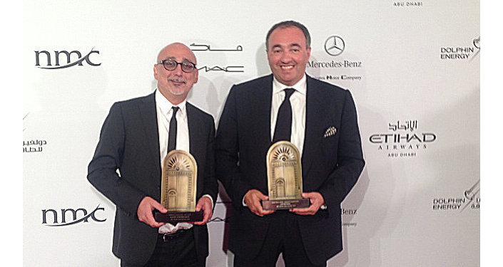 Producteurs Sergueï Melkoumov et Alexandre Rodnianski avec les prix du festival d'Abou Dhabi