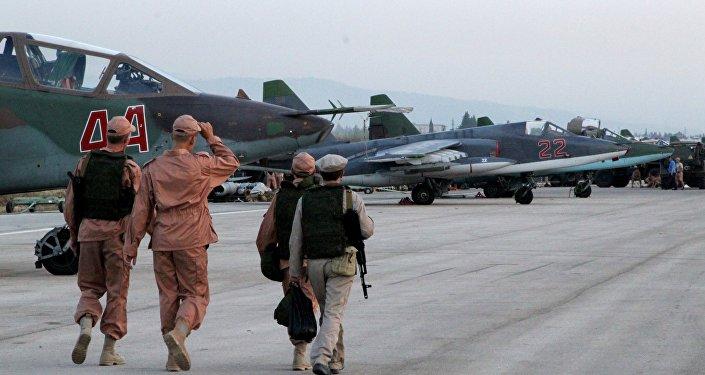 l'aviation d'attaque russe à l'aérodrome syrien de Hmamiyat