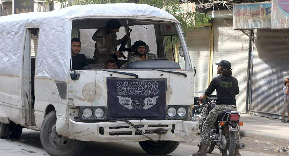 Rebelles fuient la Syrie face à l'avancée de l'armée, Alep, Syrie, Octobre 2, 2015