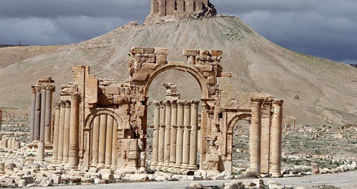L'Arc de Triomphe à Palmyre
