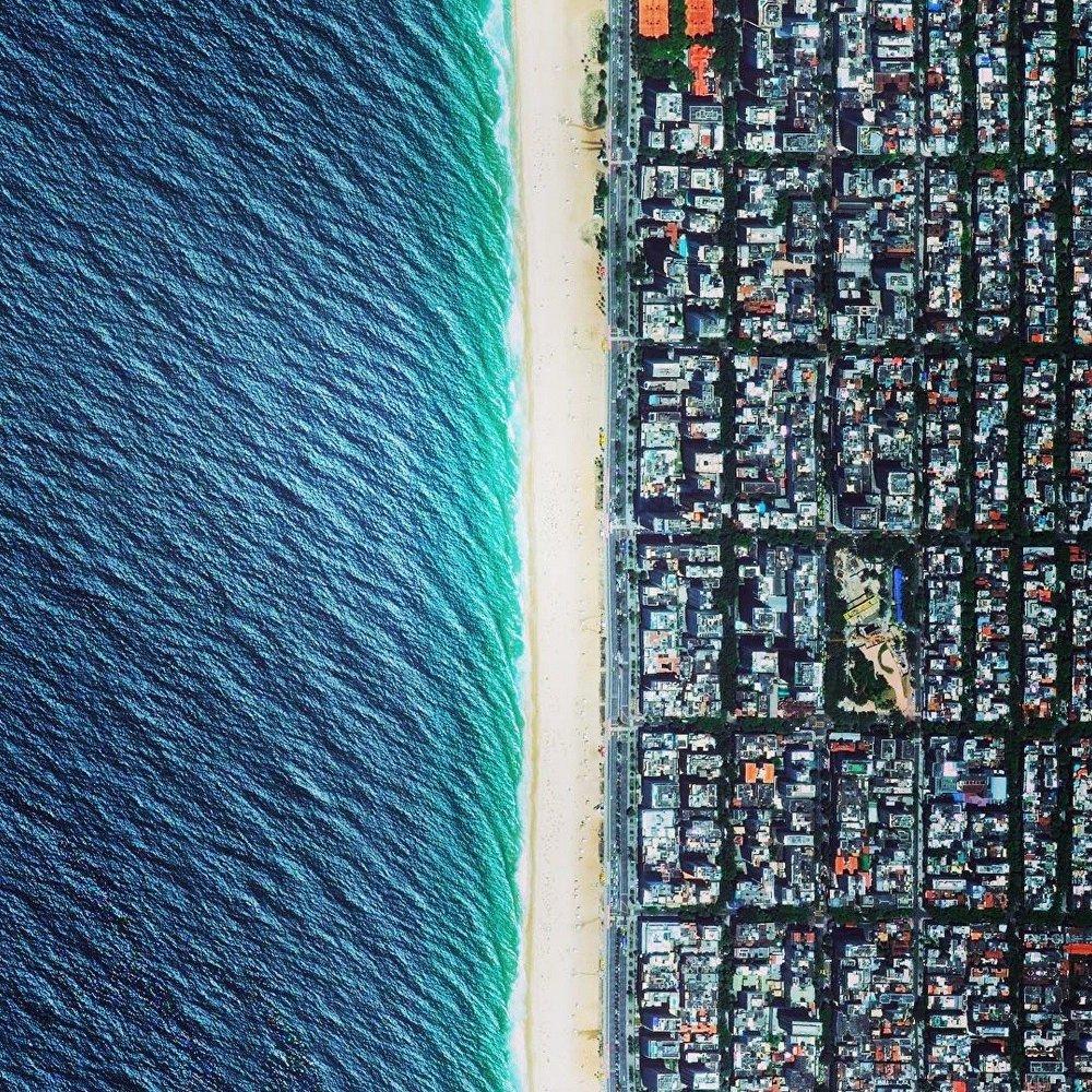 La plage d'Ipanema à Rio de Janeiro,  Brésil