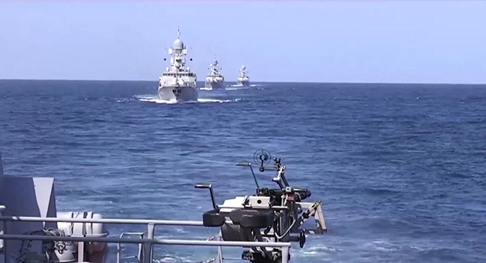 L'attaque balistique lancée le 7 octobre par la Flottille russe de la Caspienne contre l'Etat islamique (EI) en Syrie