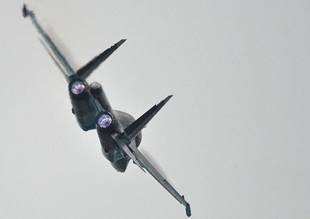 Le chasseur-bombardier russe Su-34
