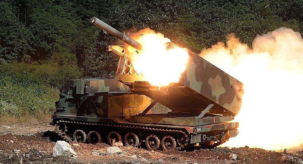 Lance-roquette M-270 MLRS