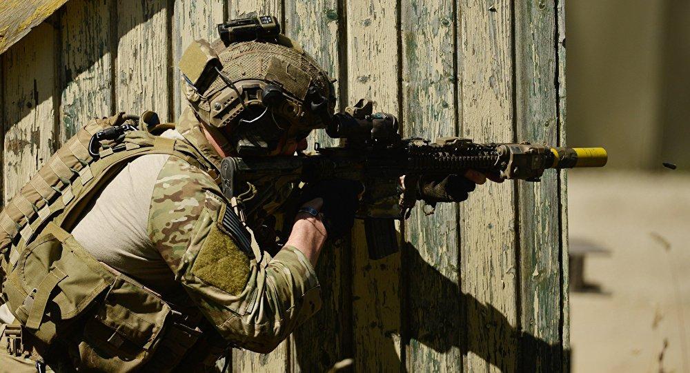 Un membre des  forces spéciales de l'armée américaine. Image d'illustration